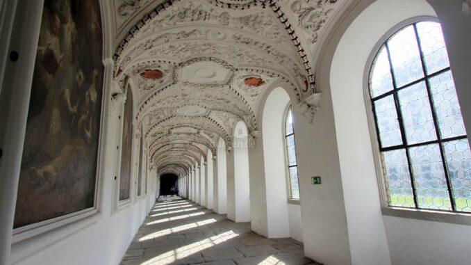 Schloss-Salem_7850_Kreuzgang