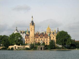 Schloss Schwerin im Abendlicht (Meckeln-Vorpommern)