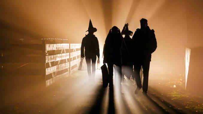 Halloween auf Burg Satzvey; (c) Mike Göhre / Burg Satzvey