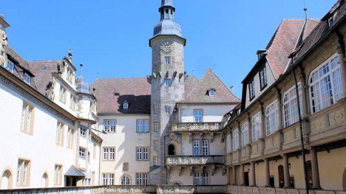 Schloss-Langenburg_Innenhof-quer