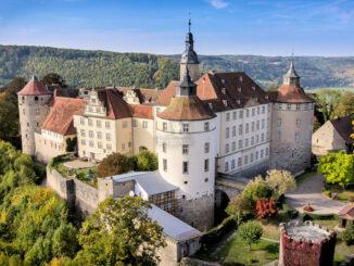 Schloss Langenburg (Baden-Württemberg) - Luftbild