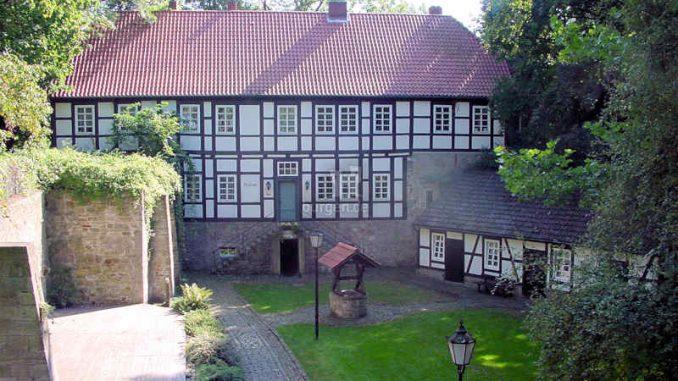 Burg-Coppenbruegge_Palas_0008