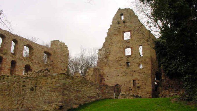 Burg-Hardenberg_Detail-Innenhof_0009