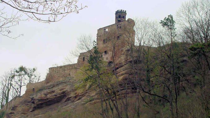 Burg-Hardenberg_Seitenansicht-2_0003