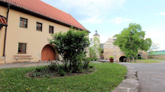 Burg-Ranis_2329_Innenhof