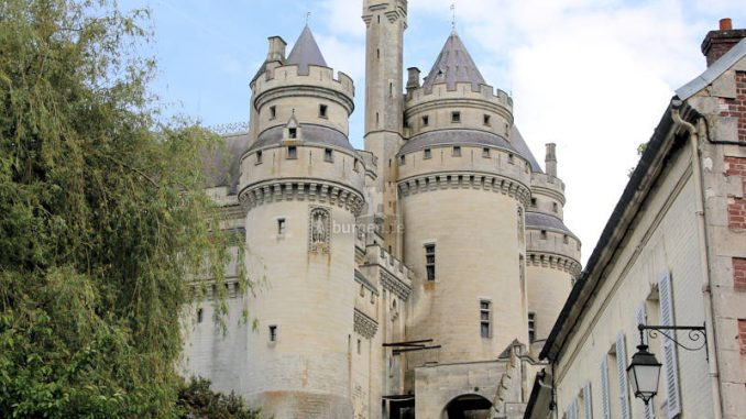 Chateau-Pierrefonds_2553_Tuerme
