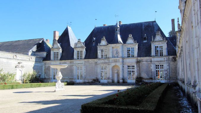 Chateau-Villesavin_6999_Haupteingang
