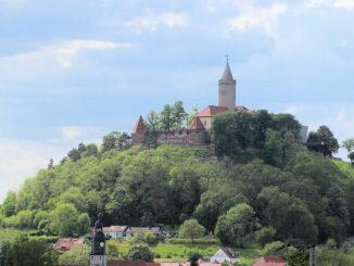 Leuchtenburg (Thüringen) - aus der Ferne