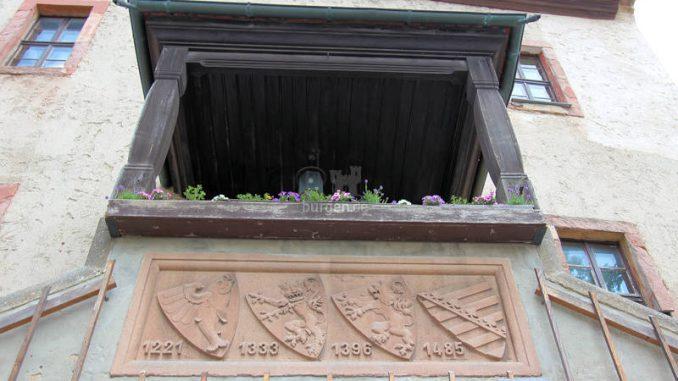 Leuchtenburg_2253_Wappen