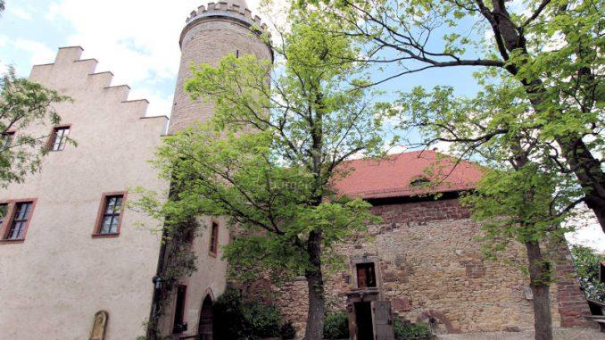 Leuchtenburg_2268_Eingang-Kapelle