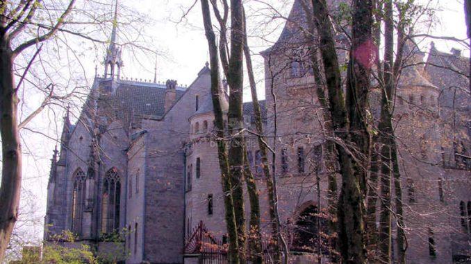 Marienburg_Seitenansicht