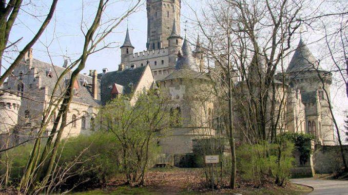 Marienburg_Zufahrt