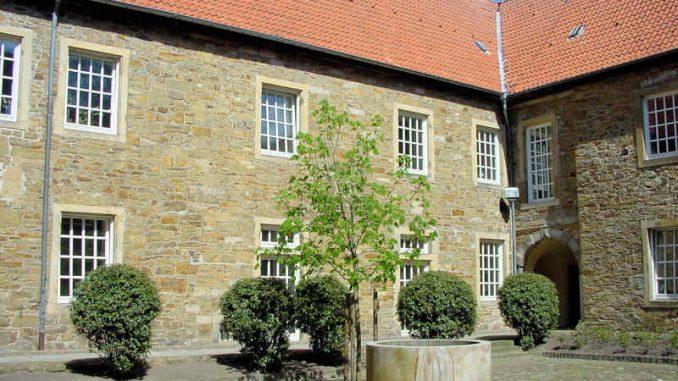 Schloss-Fuerstenau_Innenhof_0010