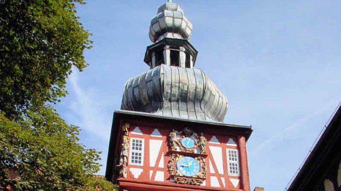 Schloss-Herzberg_Uhrturm_0004