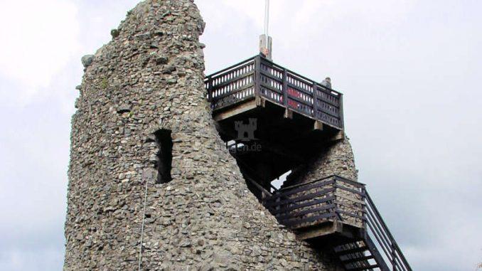 Burg-Eversberg_Seitenansicht-Turm_0087