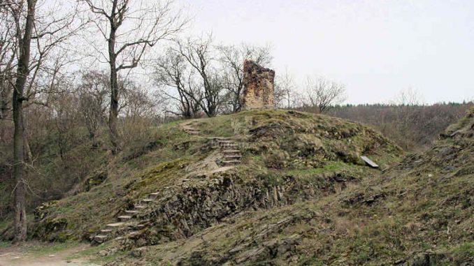 Burg-Falkenstein-Harz_Vorburg_0063