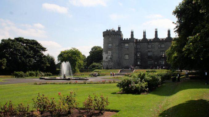 Kilkenny-Castle_9360_Fontaine