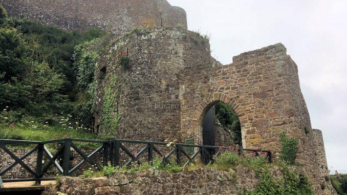 Mont-Orgueil-Castle_0282_Tor
