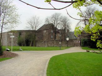 Schloss Broich (NRW) - Aussenansicht