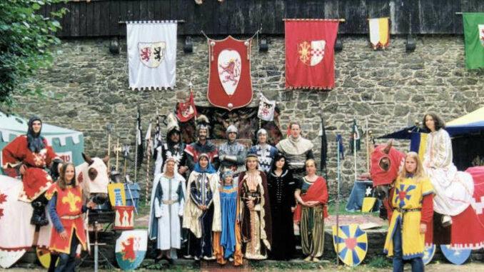 Schloss-Burg_Wahre Bergische Ritterschaft