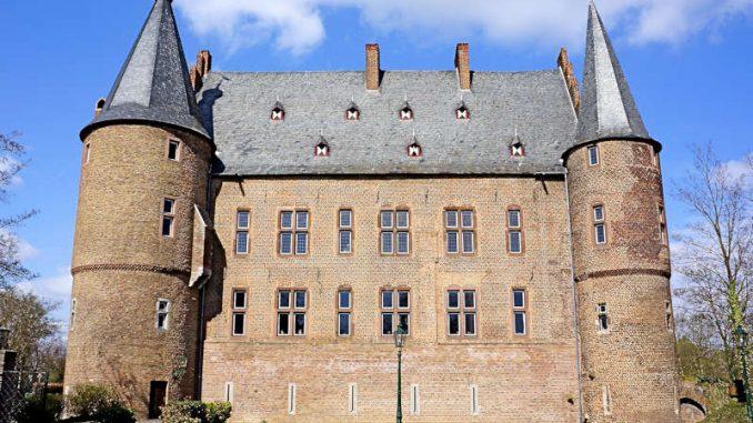 Schloss-Konradsheim_0509_D-Neisse