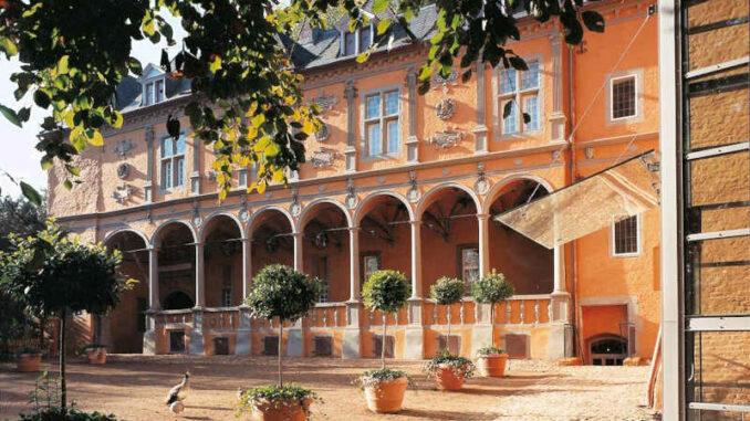 Schloss-Rheydt_Rueckansicht