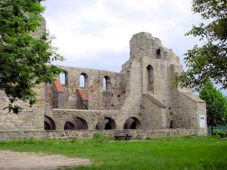 Stiftskirche Walbeck (Sachsen-Anhalt) - Ruine im Abendlicht