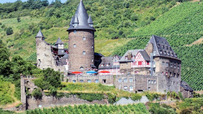 Burg-Stahleck_flickr-Wei-Te-Wong