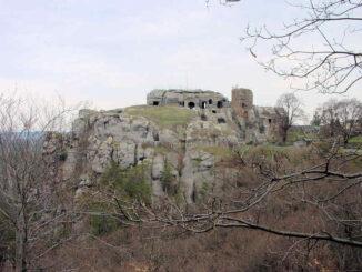 Burg Regenstein (Sachsen-Anhalt) - Burg auf Sandsteinsporn