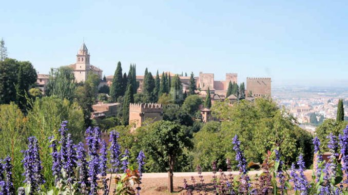 Alhambra_Panorama_9756