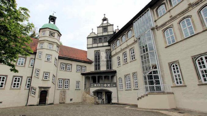 Schloss-Gifhorn_Innenhof_4031