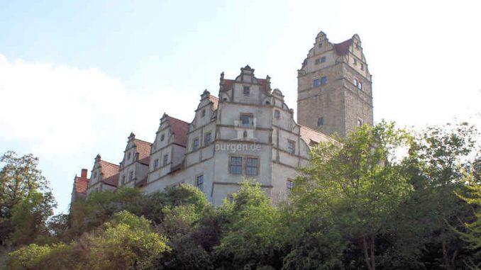 Schloss-Ploetzkau_Palas-mit-Turm_3888