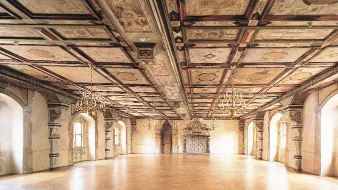 Schloss-Wilhelmstein_Festsaal