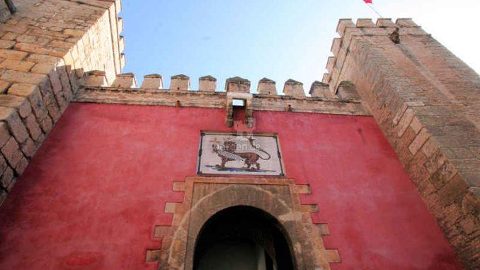 Sevilla_Torhaus_8659