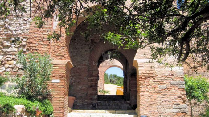 Alcazaba-de-Almeria_Torboegen_7596