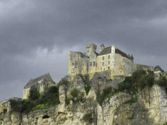 Chateau de Baynac, Périgord - Blick vom Tal