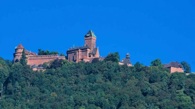 Haut Königsbourg, Frankreich - eine der monumentalen Burgen Frankreichs