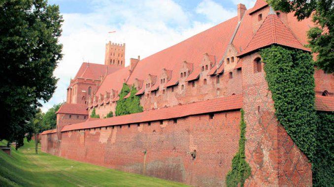 Marienburg_Burggraben_0351