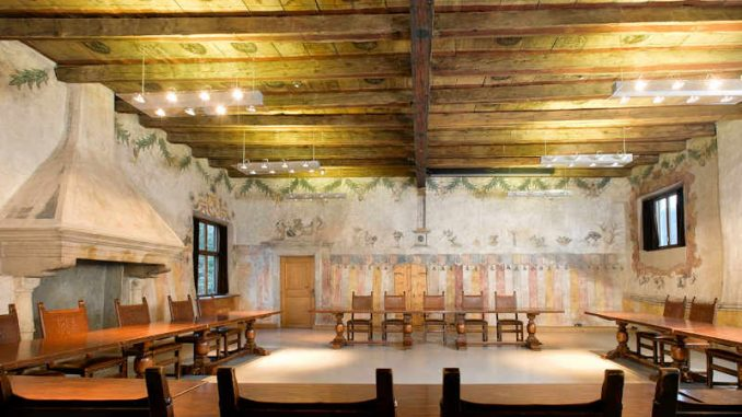 Schloss-Maretsch_Hendlsaal_1567150521_Stiftung-Bozner-Schlösser