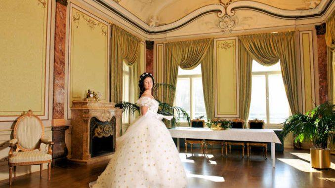 Schloss-Trauttmansdorff-Meran_Raum-mit-Braut