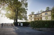 Grabkapelle auf dem Württemberg und Schloss Solitude, Stuttgart: Traumlocation bietet Termine zur Vorbesichtigung für Brautpaare
