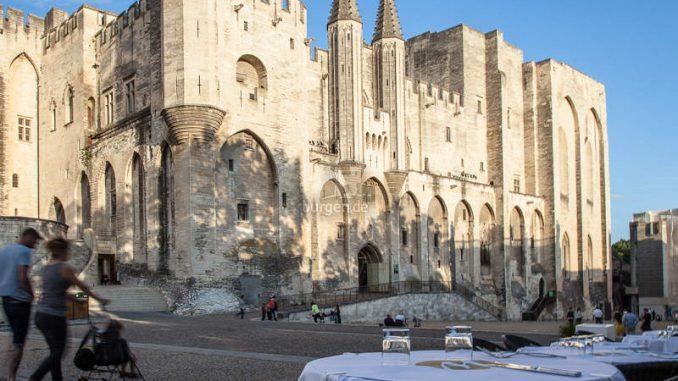 Avignon_Palais_c-empreintedailleurs-2389
