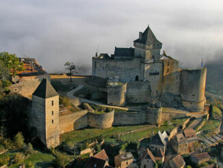 Chateau Castelnaud, Luftbild © Laugery