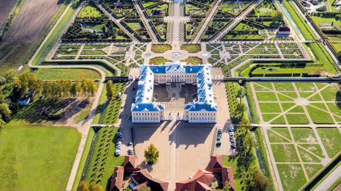 Rundale-Palace_Luftbild
