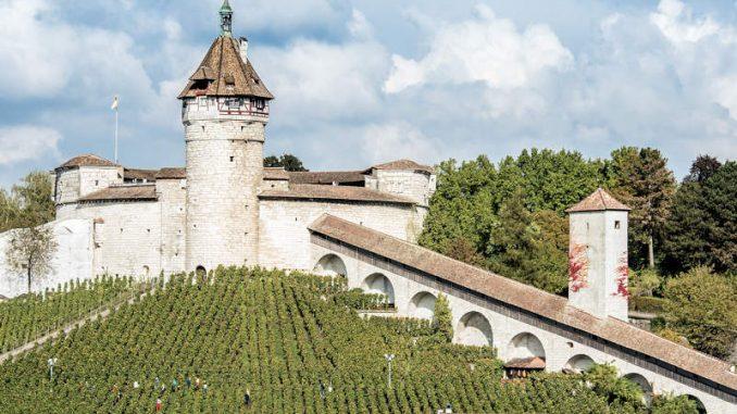 Festung-Munot-Schaffhausen_Seitenaufnahme-c-Bruno-Sternegg