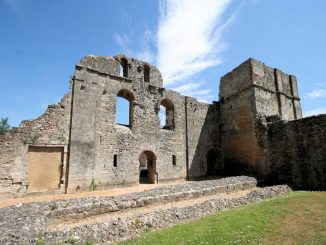 Wolvesey Castle / Old Bishop's Palace, Winchester - Mauerfragmente