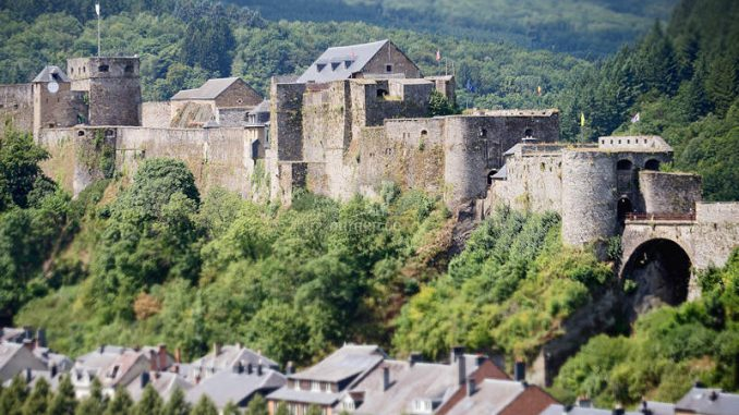 Chateau-de-Boullion_Seitenansicht_DavidSamyn