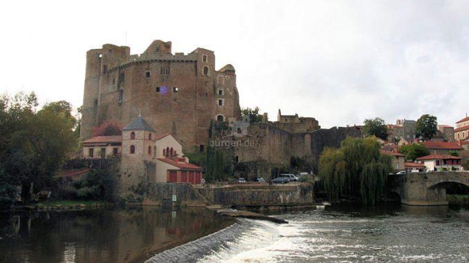 Chateau-de-Clisson_ueber-dem-Fluss_8494