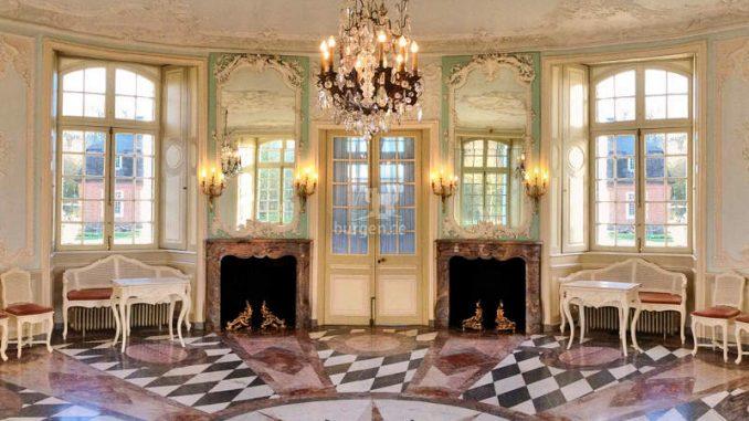 Schloss-Clemenswerth-Emslandmuseum_Hauptschloss-Innenansicht