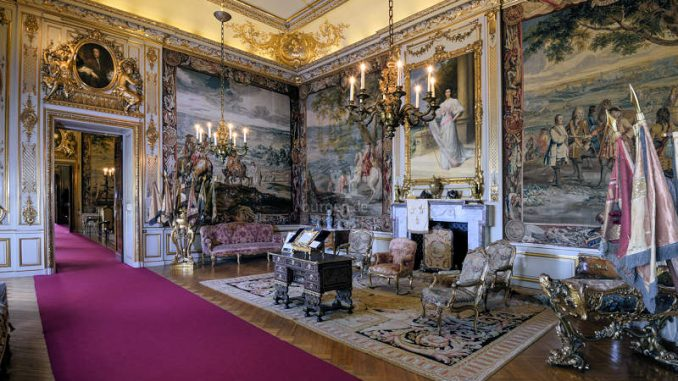 Blenheim-Palace_First-State-Room